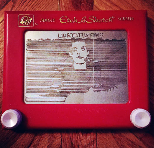 etchasketch-lou-reed.jpg.pagespeed.ce.DEF-X0Jl6k
